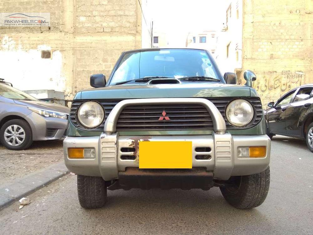 Mitsubishi Pajero Mini ZR 1997 Image-1