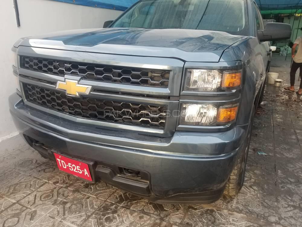 Chevrolet Silverado 2014 Image-1