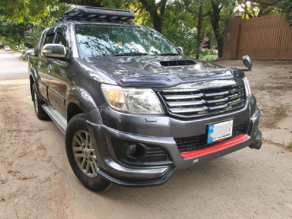 Toyota Hilux Invincible 2012 for sale in Islamabad | PakWheels