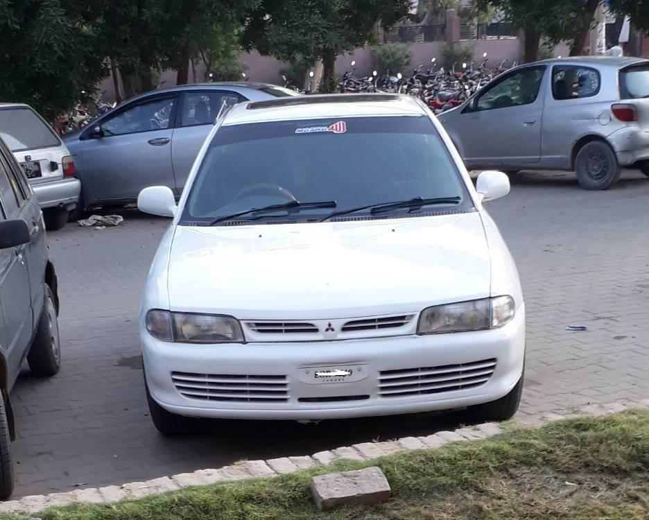 Mitsubishi Lancer GLX 1.3 1993 Image-1