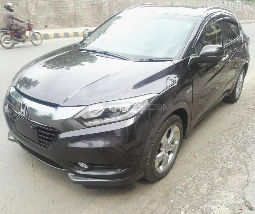 Honda Vezel Hybrid X L Package 2013 Image-1