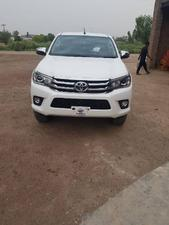 toyota hilux revo v automatic 2 8 2018 for sale in islamabad