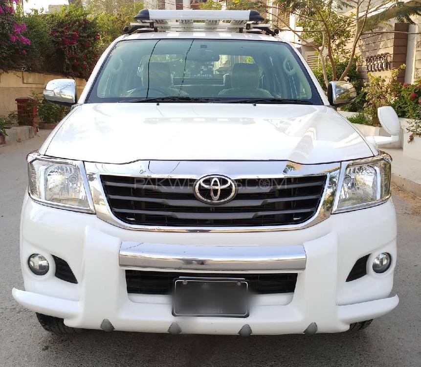 Toyota Hilux Vigo Champ GX 2016 Image-1