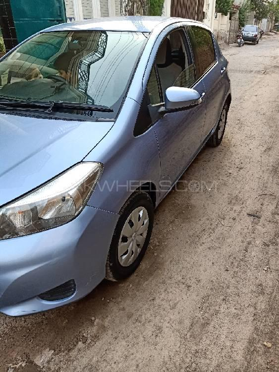 Toyota Vitz F Intelligent Package 1.0 2012 Image-1