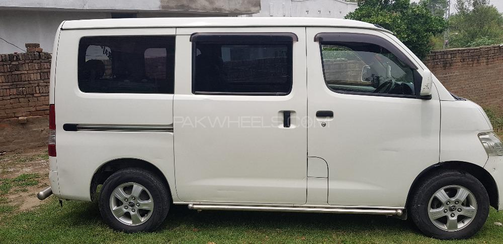Toyota Town Ace 2014 Image-1