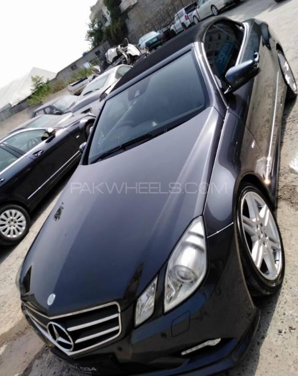 Mercedes Benz E Class E200 2010 Image-1