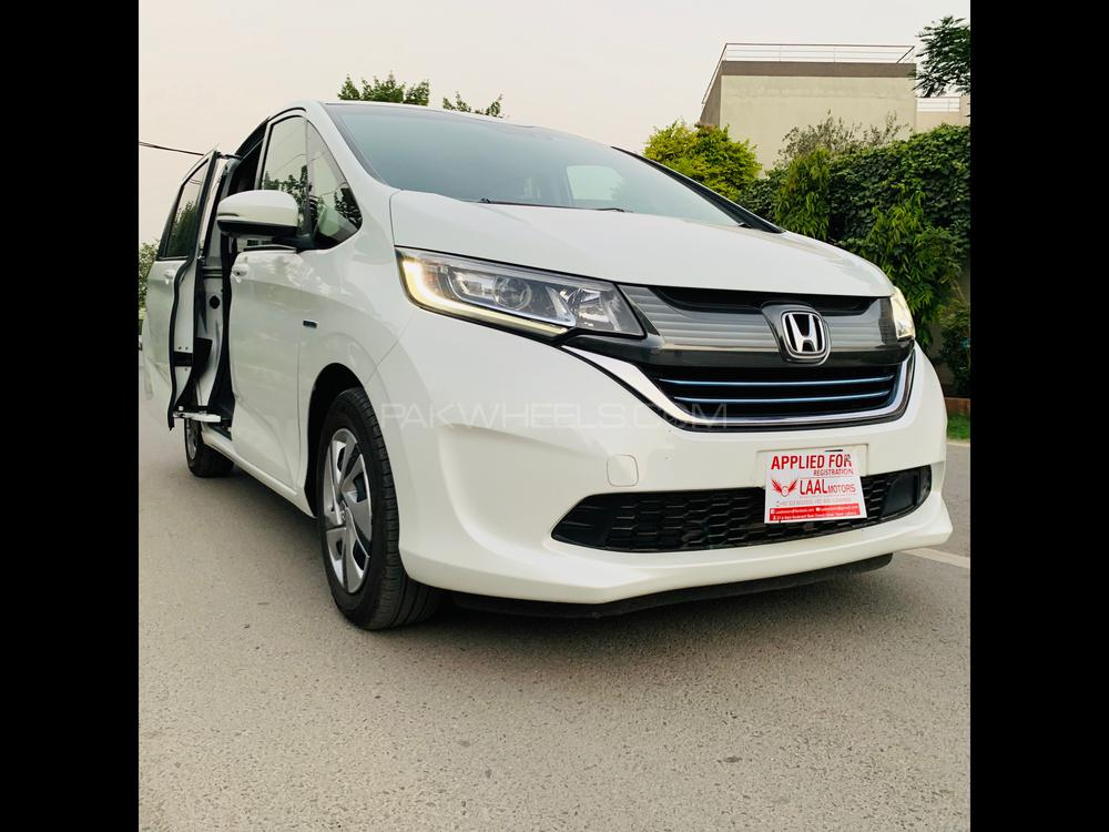 Honda Freed + Hybrid G Honda Sensing 2017 Image-1