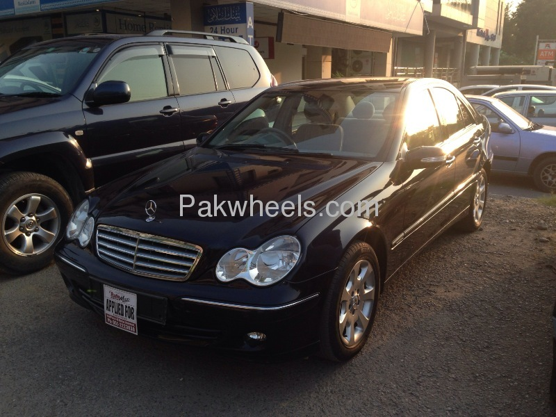 mercedes benz c class c180 2006 for sale in islamabad pakwheels. Black Bedroom Furniture Sets. Home Design Ideas