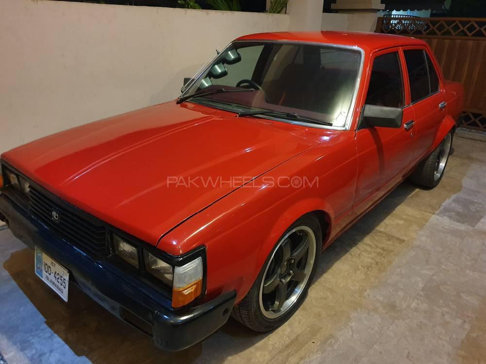 Toyota Corona 1981 Image-1