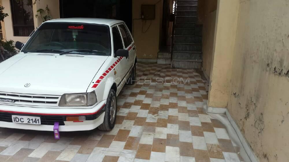 Daihatsu Charade CL 1986 Image-1