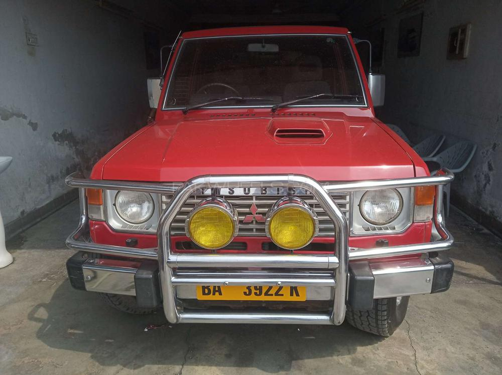 Mitsubishi Pajero Super Exceed 3.0 1989 Image-1
