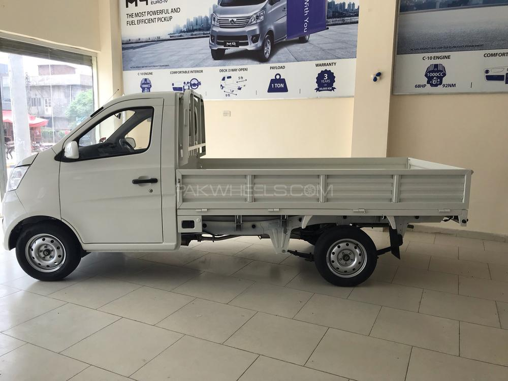 Changan M9 Base Model 1.0 2019 Image-1
