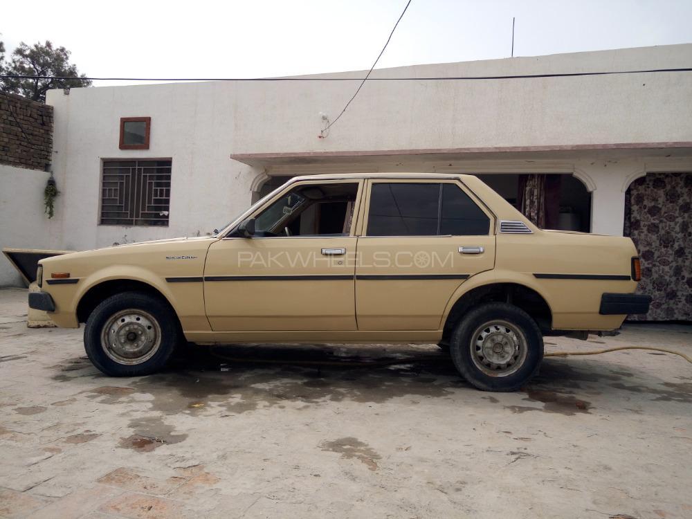 Toyota Corolla GL 1981 Image-1