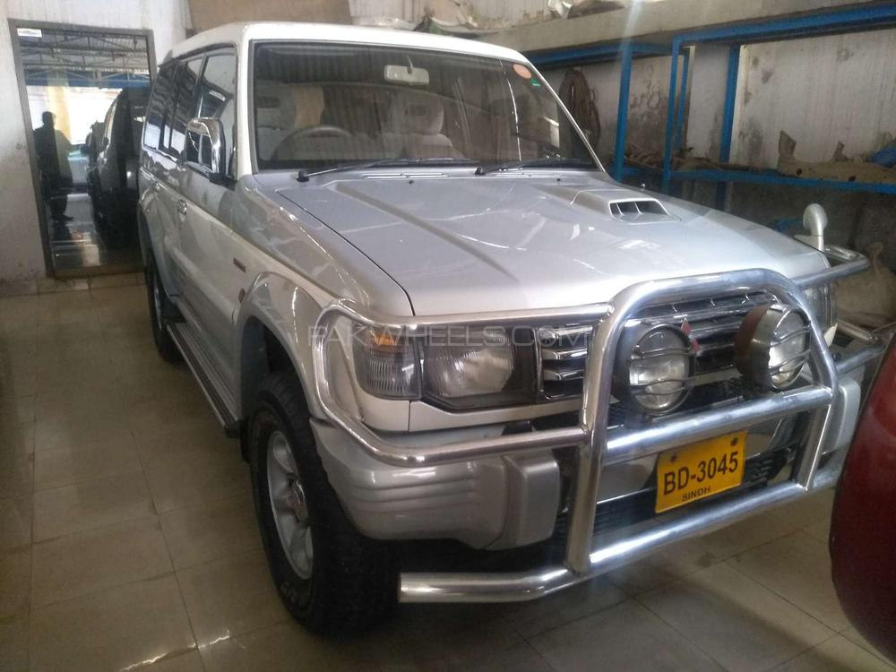 Mitsubishi Pajero Exceed Automatic 2.8D 1993 Image-1