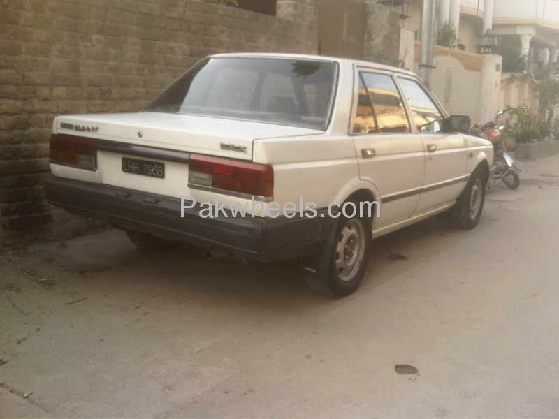 Nissan Sunny EX Saloon 1.3 (CNG) 1986 Image-5