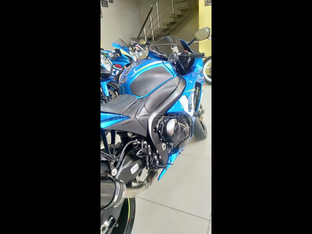 Used Suzuki GSX-R1000 2015 Bike for sale in Karachi - 251727 | PakWheels