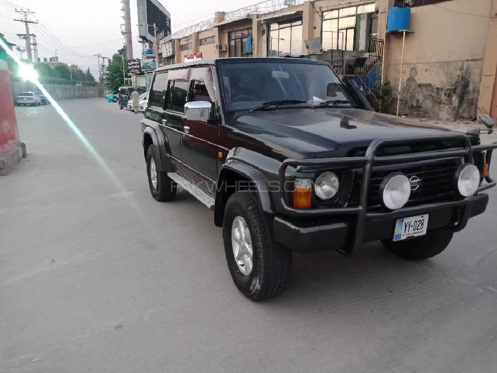 Nissan Safari 1996 Image-1