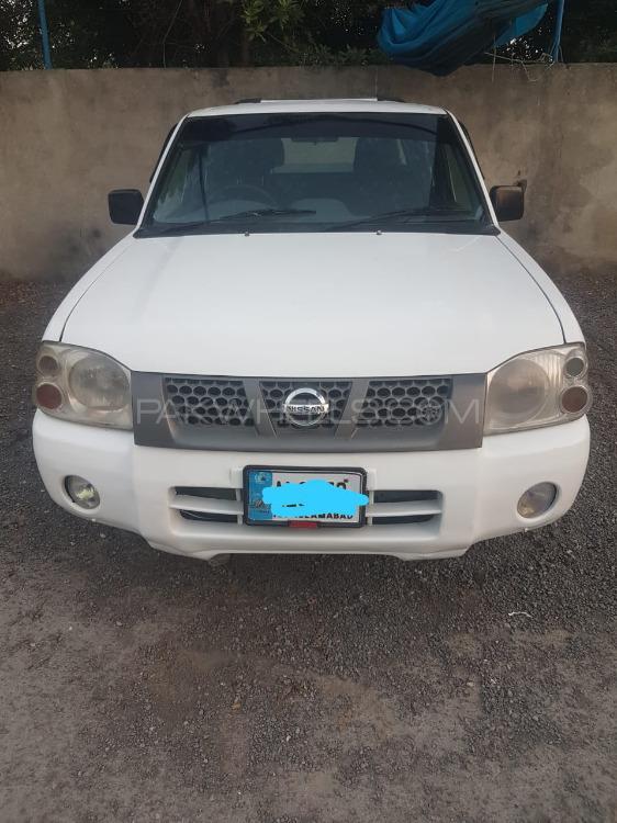 Nissan Pickup 2008 Image-1