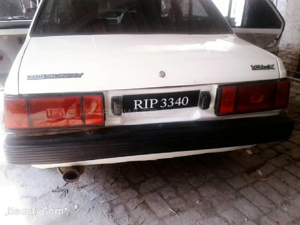 Nissan Sunny EX Saloon 1.6 (CNG) 1985 Image-1