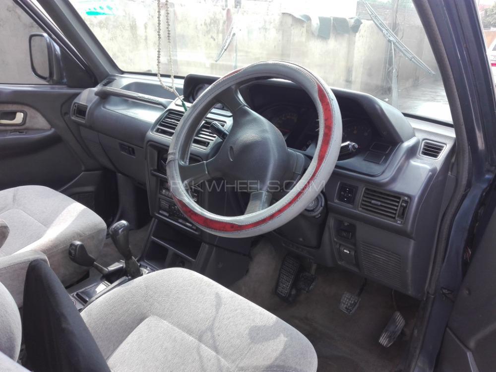 Mitsubishi Pajero Exceed 2.4 1991 Image-1