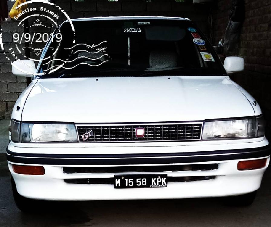 Toyota Corolla SE 1990 Image-1
