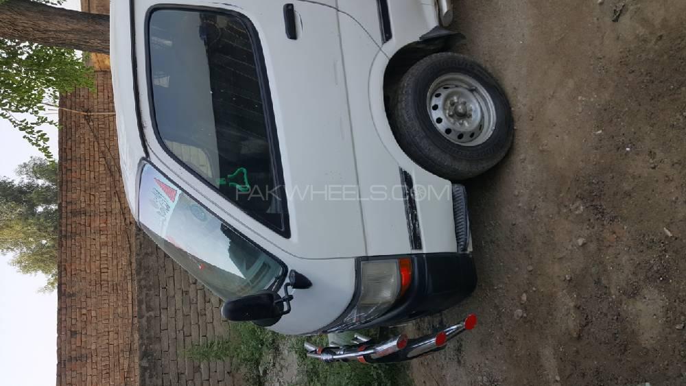 Toyota Hiace 1990 Image-1
