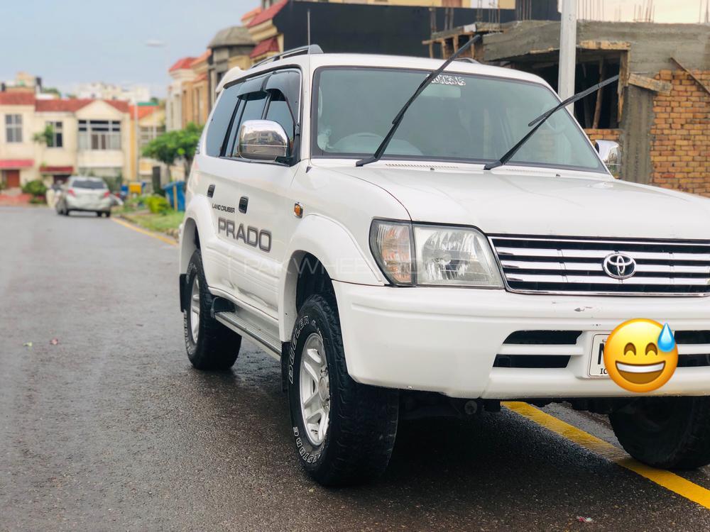 Toyota Prado 2000 Image-1