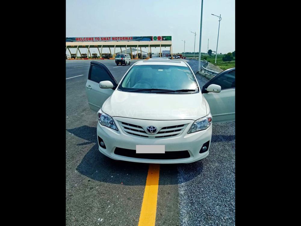Toyota Corolla Altis 1.6 2014 Image-1