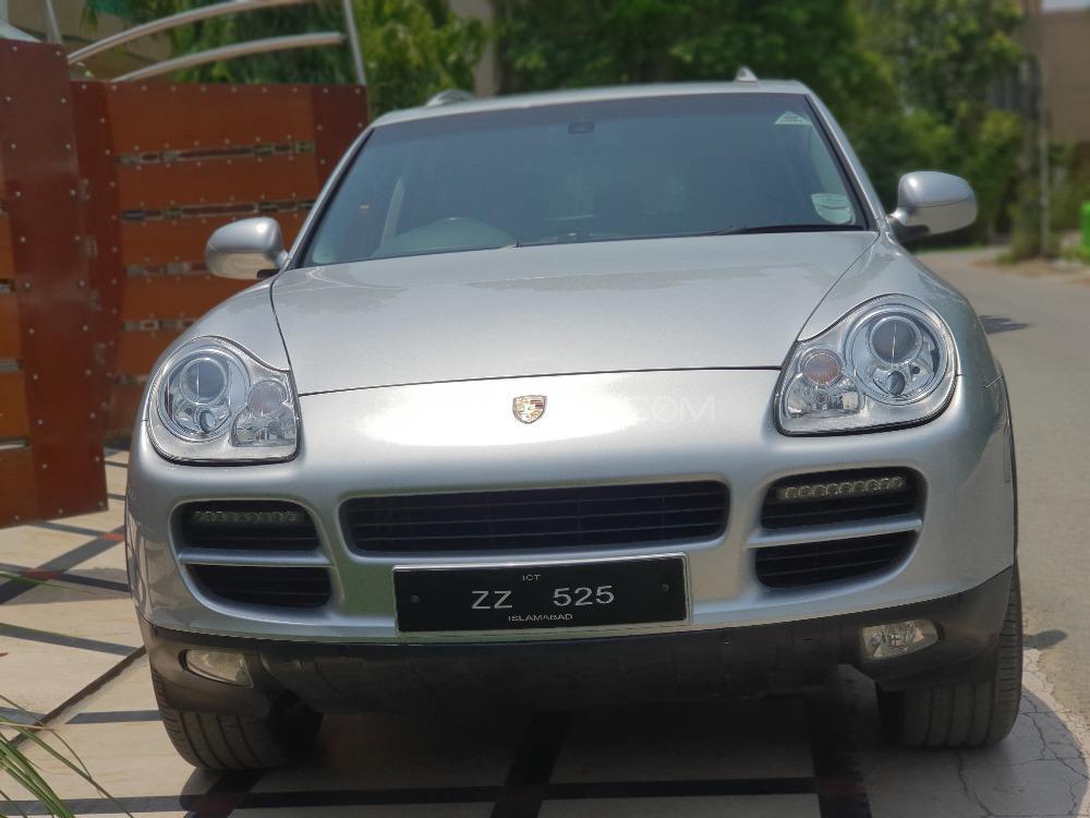 Porsche Cayenne S 4.5 2003 Image-1