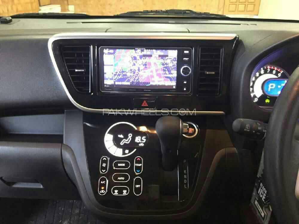 Nissan Roox G 2015 Image-1