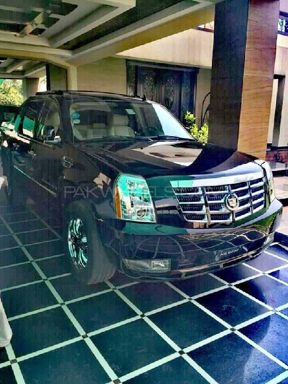 Cadillac Escalade Ext - 2010 escalade ext Image-1