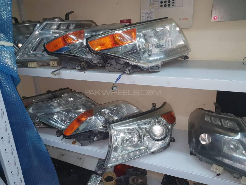 Land Cruiser/prado head lights and tail lights Image-1
