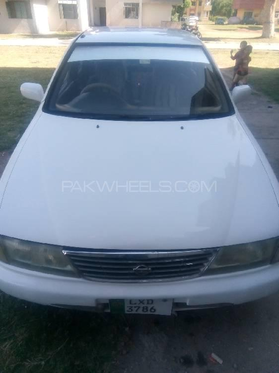 Nissan Sunny EX Saloon 1.3 (CNG) 1997 Image-1