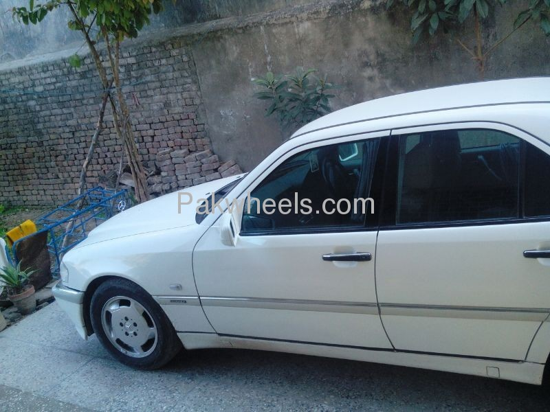 Mercedes benz c class c180 cdi 1998 for sale in islamabad for Mercedes benz c 330