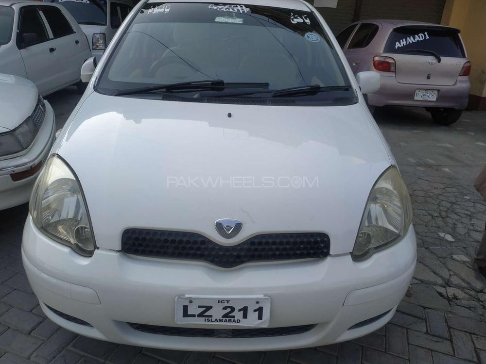 Toyota Vitz F 1.0 2003 Image-1