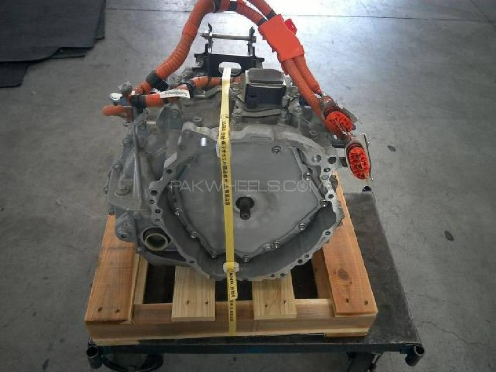 Aqua hybrid Auto gear transmission Image-1