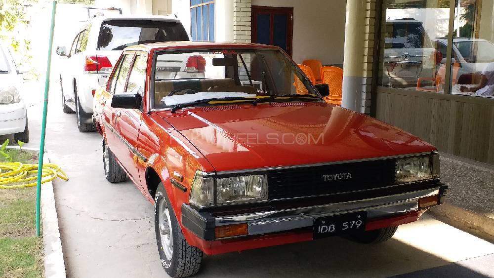 Toyota Corolla DX 1981 Image-1