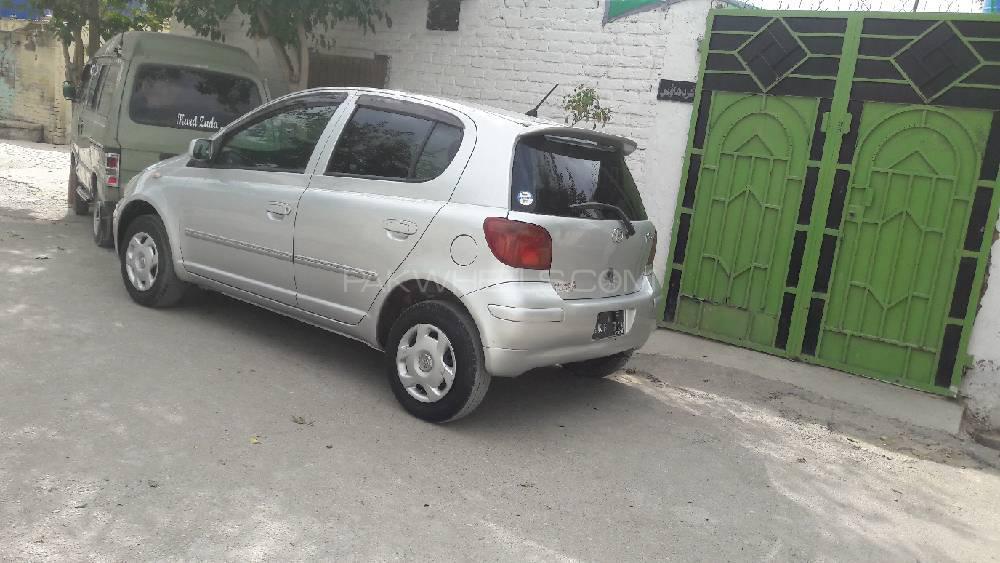 Toyota Vitz 2003 Image-1