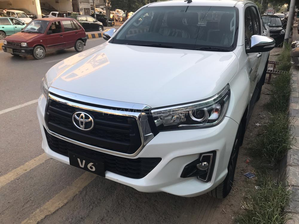 Toyota Hilux 2016 Image-1
