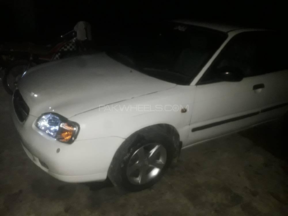 Suzuki Baleno 2005 Image-1