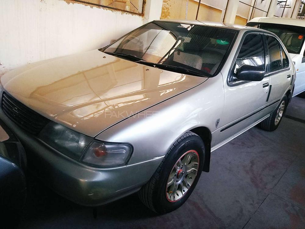 Nissan Sunny EX Saloon 1.3 1997 Image-1