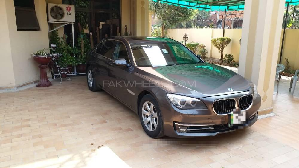 BMW 7 Series 730Ld 2012 Image-1