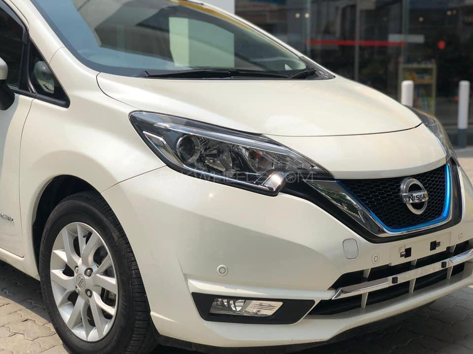 Nissan Note MEDALIST 2017 Image-1