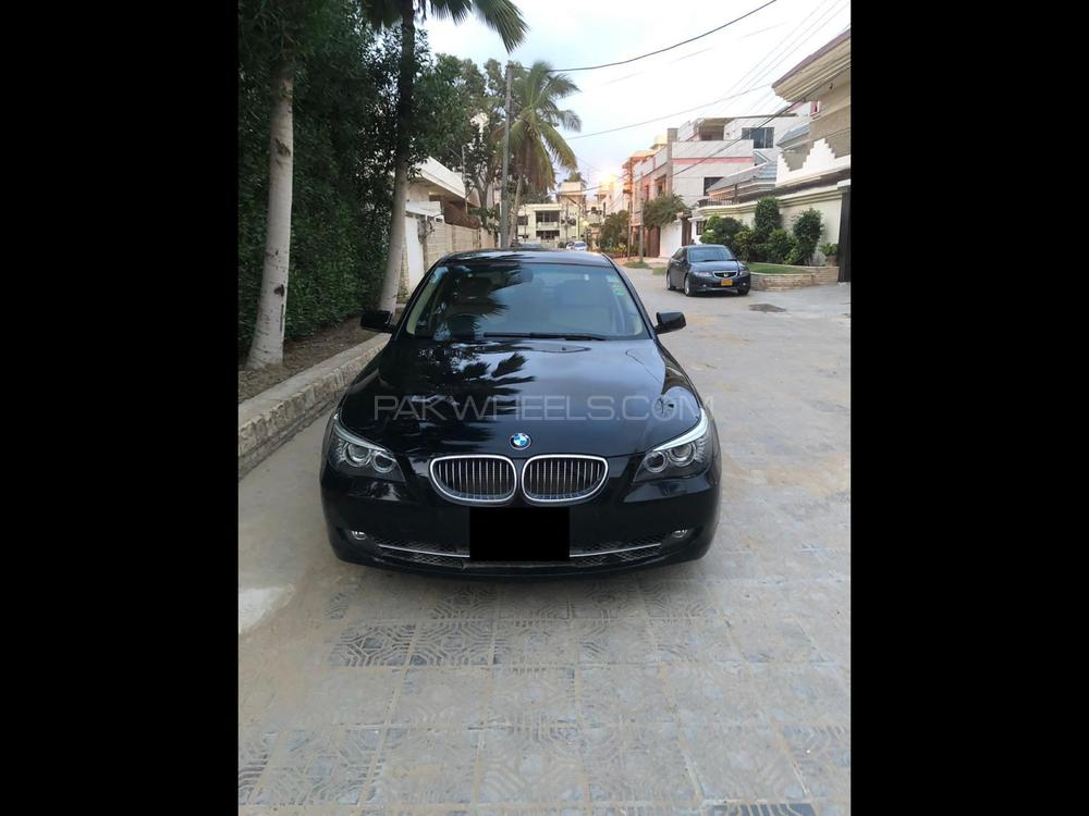 BMW 5 Series 530i 2009 Image-1