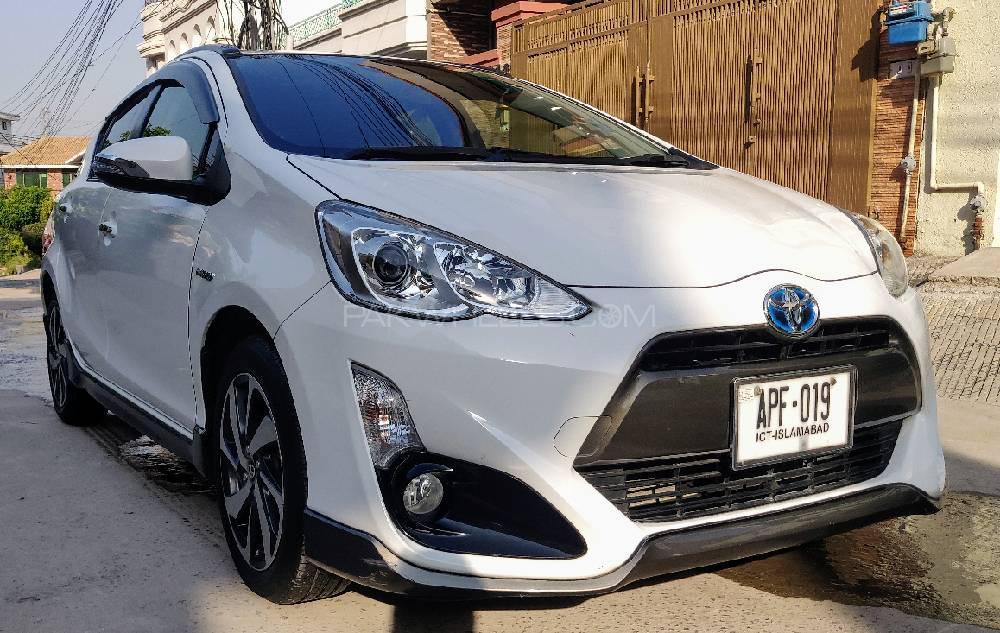 Toyota Aqua X Urban 2014 Image-1