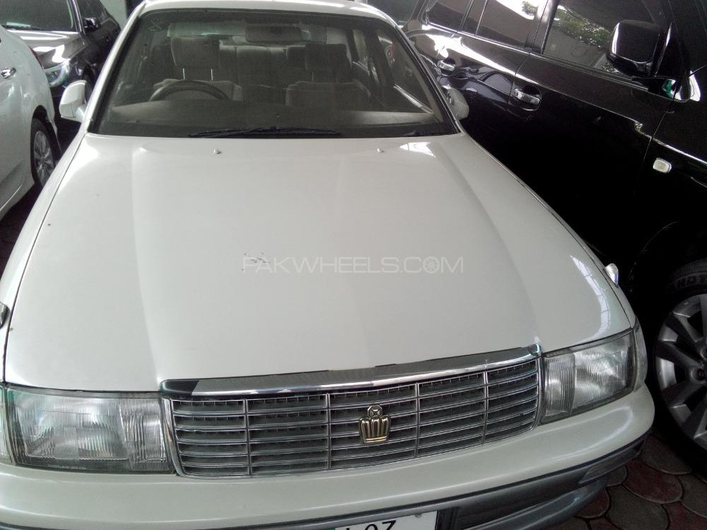 Ford Crown Victoria 1990 Image-1