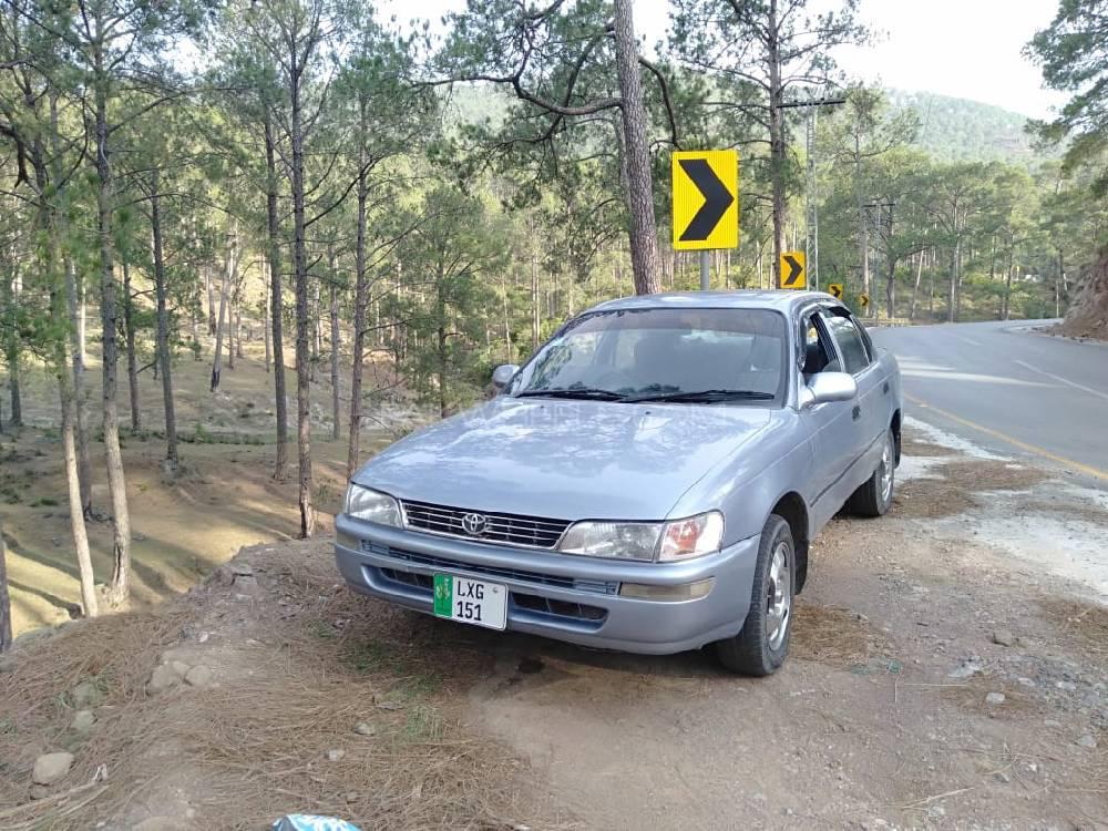 Toyota Corolla 2.0D 1998 Image-1