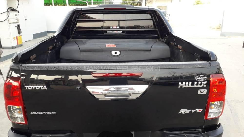 Toyota Hilux Revo G Automatic 3.0  2016 Image-1