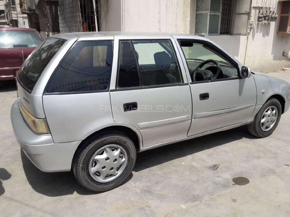Suzuki Cultus VXR 2000 Image-1