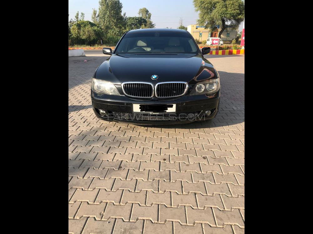 BMW 7 Series 730d 2005 Image-1